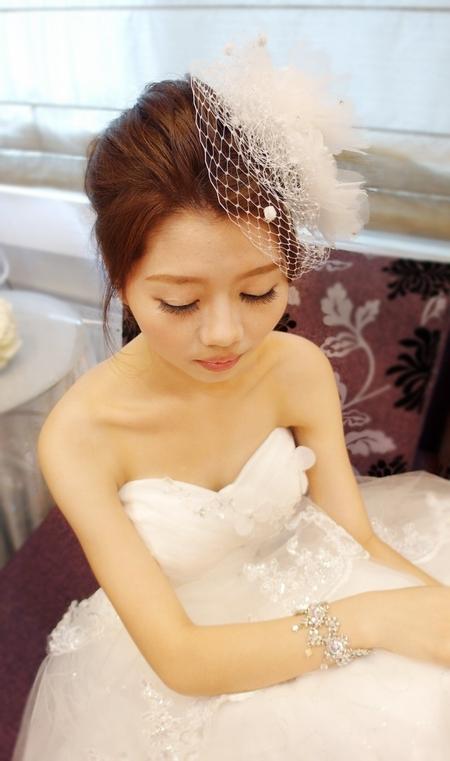 俏麗時尚白紗造型~玉渟