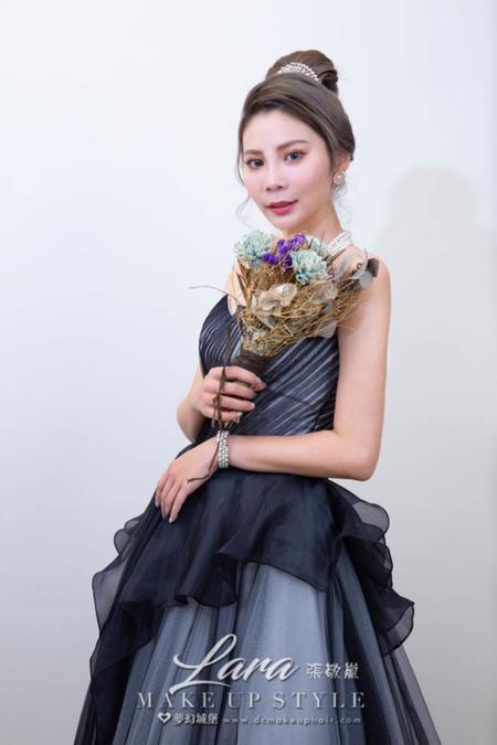 夢幻城堡彩妝造型團隊-新秘LARA-新娘造型