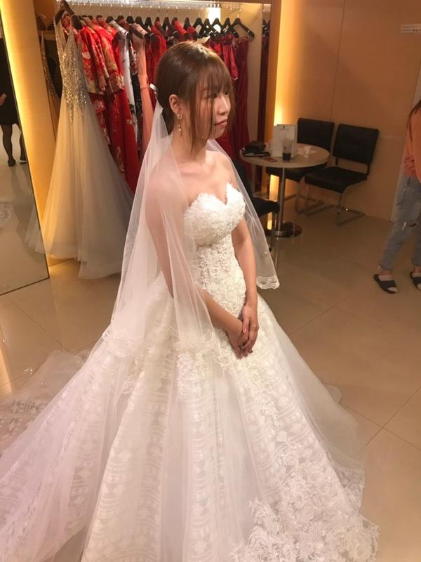 比堤婚紗 推薦新人:智翰&怡甄 試穿禮服 進場白紗