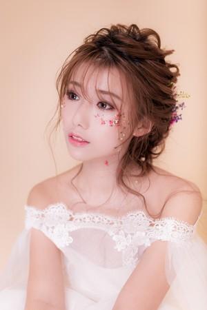 iling彩妝造型 iling Make-up