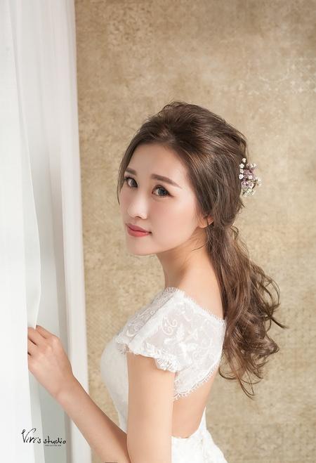 不凋乾燥花!浪漫氣質的公主頭編髮造型
