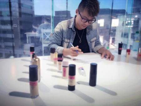 牧修受邀擔任雜誌專櫃美妝品牌大賞的專家組評審