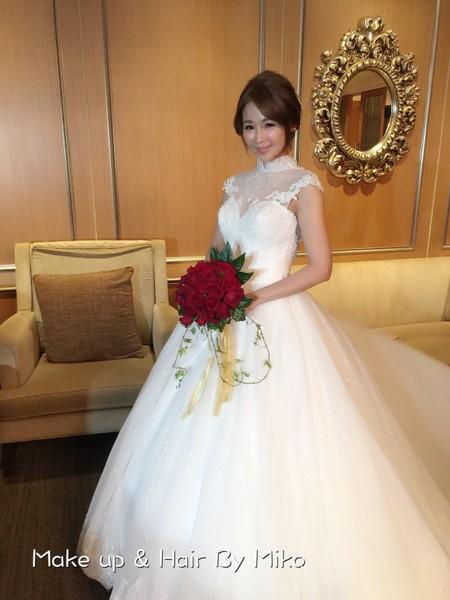 童顏甜美新娘