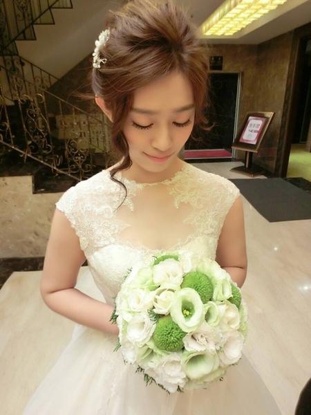 氣質韓系妝髮  宜靜婚宴