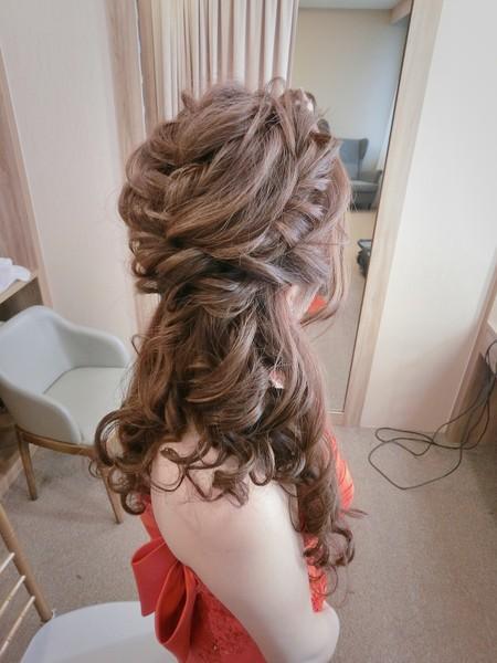 新秘rita 新娘秘書 bride-欣儀 丸子頭 白紗進場 側邊 編髮 日系髮型 大眼妝 高馬尾