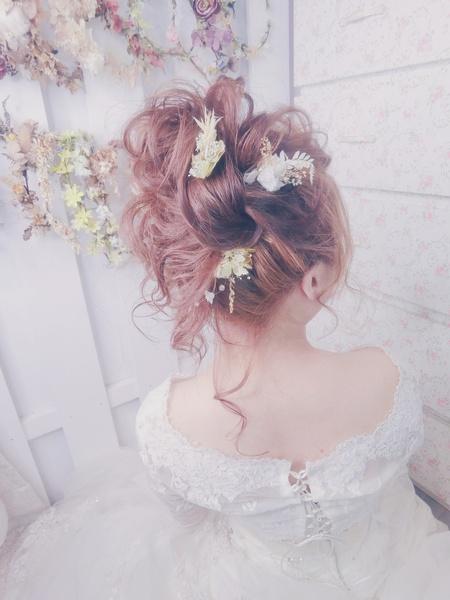 新秘rita|新娘秘書|bride-玉婷|丸子頭|公主頭|髮絲感|線條感|乾燥花