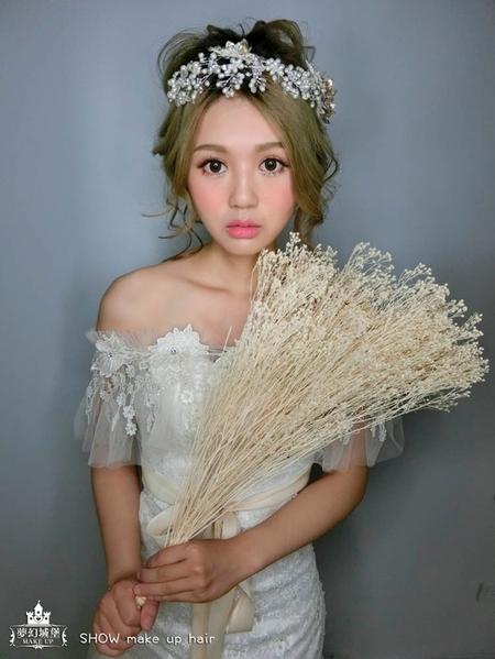 夢幻城堡彩妝造型-新秘SHOW-新娘造型創作