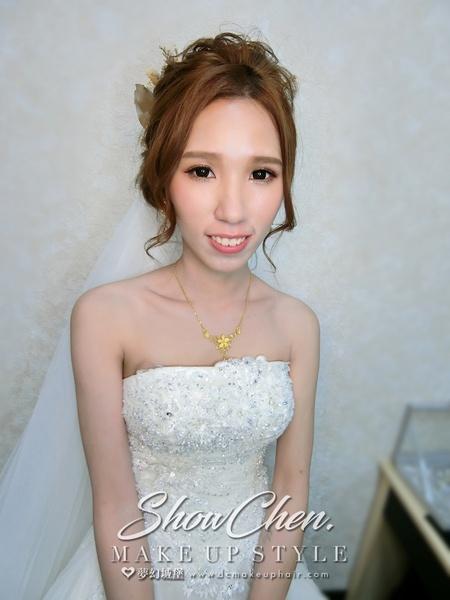 夢幻城堡彩妝造型-新秘SHOW-新娘婚宴造型
