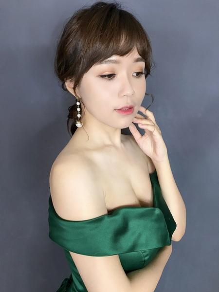 紅毯女星妝容_葳葳造型 wiwi stylist