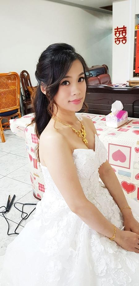 婚宴造型-台中-蘇蓉蓉新娘秘書