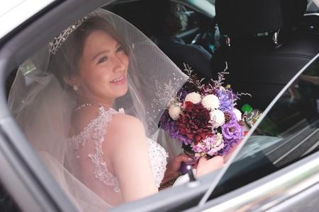 滿是笑聲的婚禮