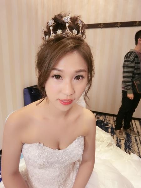 新秘rita 新娘秘書 bride-ㄚㄚ 丸子頭 新娘造型 公主頭 長頭紗