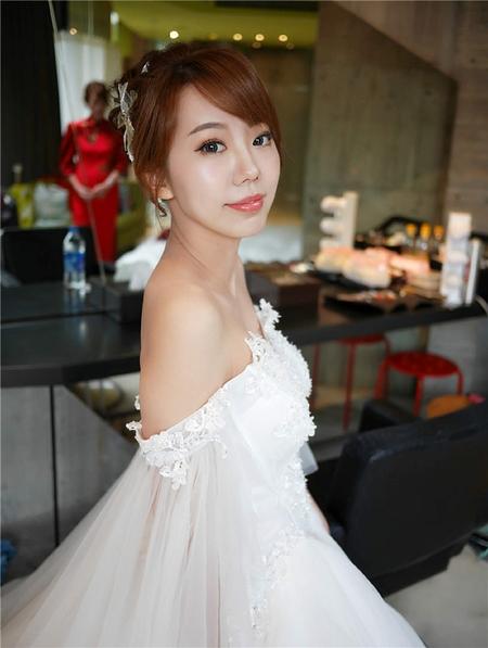 饅頭爸新秘團隊-珊婷 ❤明閔婚禮造型